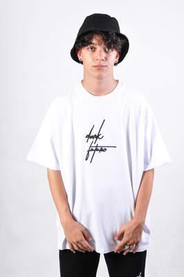 HollyHood - Dark Future Nakışlı Beyaz Oversize Erkek Tişört