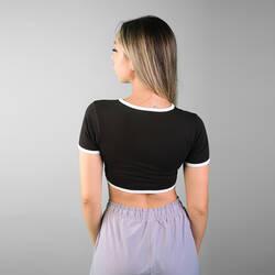 İnce Beyaz Çizgili Siyah Crop T-shirt - Thumbnail
