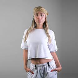 İnce Siyah Dikişli Beyaz Crop T-shirt - Thumbnail