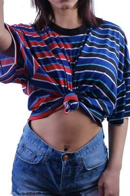 Kırmızı Mavi Çizgili Crop T-shirt
