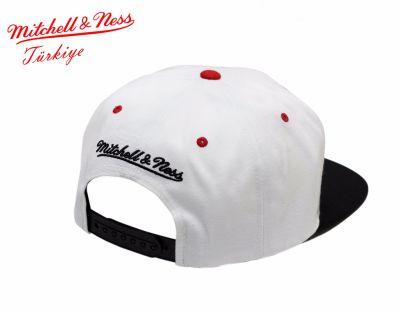 Mitchell And Ness Chicago Blackhawks Beyaz & Siyah Snapback Cap