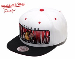 Mitchell And Ness Chicago Blackhawks Beyaz & Siyah Snapback Cap - Thumbnail
