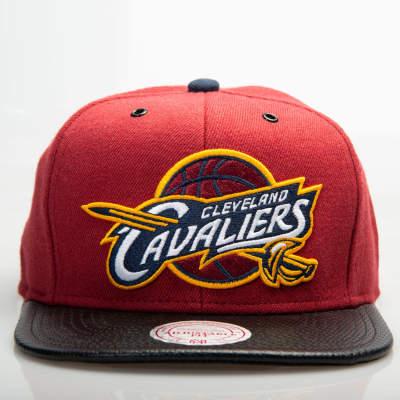Mitchell And Ness Cleveland Cavaliers Bordo Snapback Cap