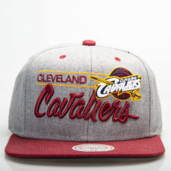 Mitchell And Ness - Mitchell And Ness Cleveland Cavaliers Gri Snapback Cap