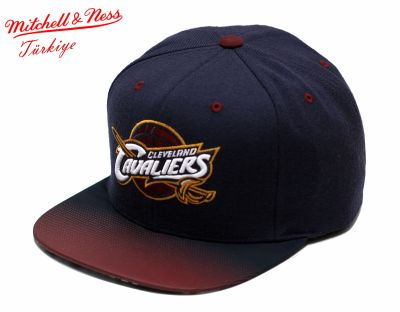 Mitchell And Ness - Mitchell And Ness Cleveland Cavaliers Mavi Snapback Cap