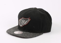 Mitchell And Ness - Mitchell And Ness Detroit Red Wings Siyah Snapback Cap