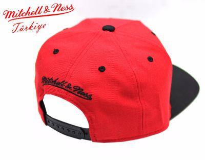 Mitchell And Ness Heat Kırmızı Metal Detaylı Snapback Cap
