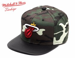 Mitchell And Ness - Mitchell And Ness Kamuflaj Desen Miami Heat Snapback Cap