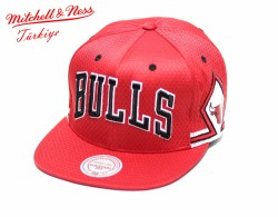 Mitchell And Ness - Mitchell And Ness - Kırmızı 3 Bulls Snapback Cap