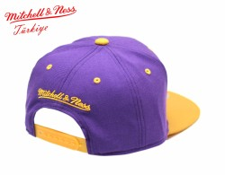 Mitchell And Ness Los Angeles Lakers Sarı Ve Mor Snapback Cap Şapka - Thumbnail