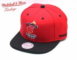 Mitchell And Ness - Mitchell And Ness Miamı Heat Siyah Kırmızı Snapback Cap Şapka