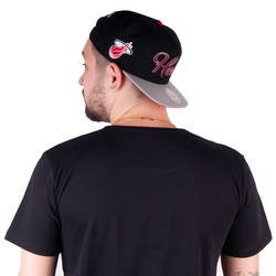 Mitchell And Ness - Mitchell And Ness Miami Heat Snapback Cap
