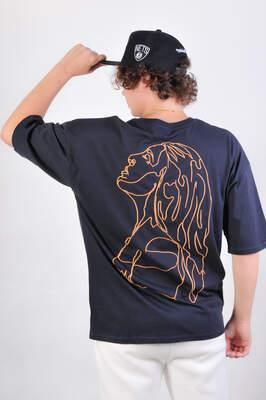 Sırt Turuncu Kız Nakışlı Oversize Tişört