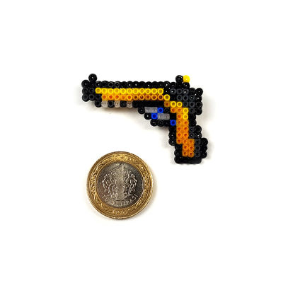 Pixel Art Five-Seven Monkey Business Rozet