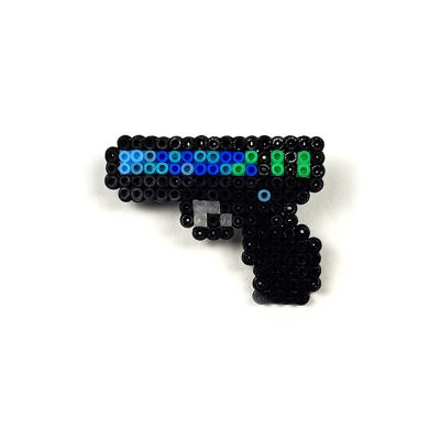 Pixel Art Glock-18 Off World Rozet