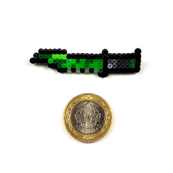 Pixel Art Huntsman Knife Boreal Forest Rozet - Thumbnail