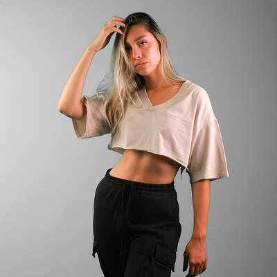 HollyHood - V Yaka Bej Crop T-shirt