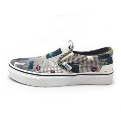 Vans - Classic Slip-On (Van Doren) Blk80s Lips Ayakkabı