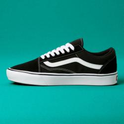 Vans - UA Comfycush Old Skool Black / True White Ayakkabı - Thumbnail