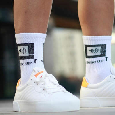 Volume Up Beyaz Çorap